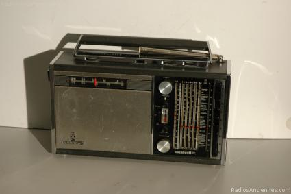 Grundig satellit 205